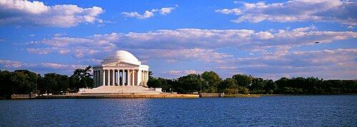 Monument on the waterfront, Jefferson Memorial, Washington DC, USA
