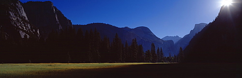 Silhouette of mountains, Yosemite Valley, Californian Sierra Nevada, California, USA