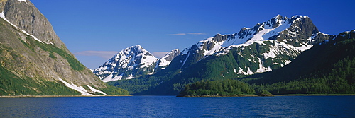 Snowcapped mountain near the sea, Glacier Bay, Glacier Bay National Park, Alaska, USA