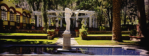 Fountain in front of a building, Ex Hacienda San Gabriel de Barrera, Guanajuato, Mexico