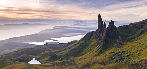 Spectacular scenery at the Old Man of Storr on the Isle of Skye, Inner Hebrides, Scotland, United Kingdom, Europe