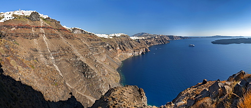 Panoramic view of the coastline on the Greek island of Santorini, Cyclades, Greek Islands, Greece, Europe