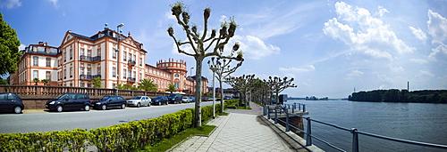 Schloss Biebrich palace, Biebrich borough, Wiesbaden, Rhine, Hesse, Germany, Europe