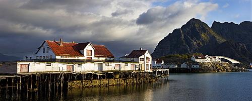 Henningsvaer, island of Vestvagoya, Lofoten, Norway, Scandinavia, Europe