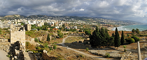 Crusader castle, archeological site of Byblos and coastal view, Unesco World Heritage Site, Jbail, Jbeil, Lebanon, Middle East, West Asia