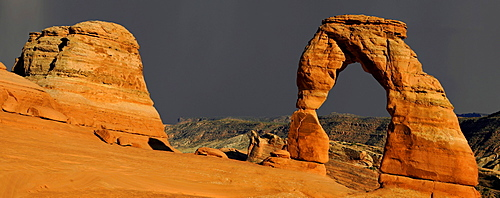 Panorama, Delicate Arch, thunderstorms, Arches National Park, Moab, Utah, Southwest, United States of America, USA