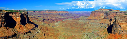 Panorama, Shafer Canyon in the evening light, Canyonlands National Park, Utah, United States, America