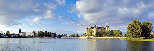 Views over Lake Burgsee on cathedral, state chancellery, theater, museum and castle, Schwerin, Mecklenburg-Western Pomerania, Germany, Europe