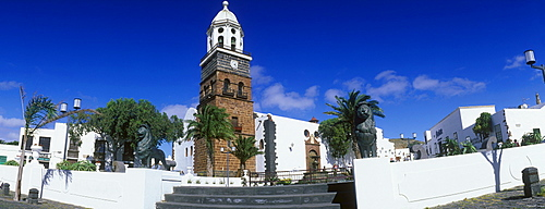 Main square and Church of Nuestra Senora de Guadalupe, Teguise, Lanzarote, Canary Islands, Spain, Europe