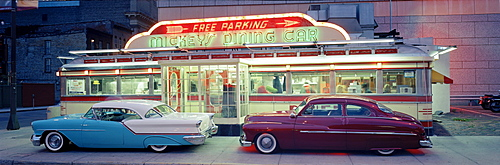 Diner with vintage cars in St. Paul, Minneapolis, USA