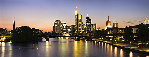 Skyline of Frankfurt's financial district and the cathedral, Hesse, Germany, Europe