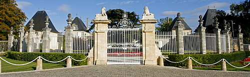 Chateau Beycheville, gate, famous vineyard, Medoc, Aquitaine, France, Europe