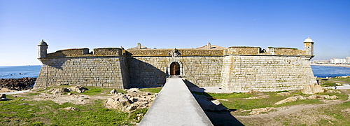 Forte de Sao Francisco Xavier Fortress, built 1832, Porto, UNESCO World Cultural Heritage Site, Portugal, Europe