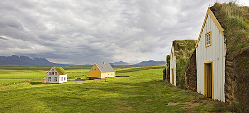 Peat-walled houses, Glaumbaer Farm Museum, northern Iceland, Iceland, Atlantic Ocean