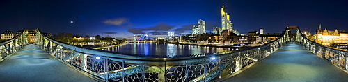 "360-degree panoramic view of Frankfurt's skyline and pedestrian bridge ""Eiserner Steg"", Frankfurt, Hesse, Germany"