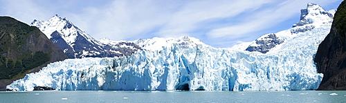 Panoramic shot of Spegazzini Glacier, Lago Argentina (Lake Argentina), Parque Nacional Los Glaciares (Los Glaciares National Park), Patagonia, Argentina, South America
