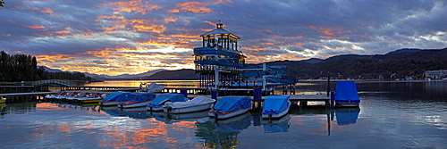 Evening mood in Poertschach on Lake Woerth, panoramic view, Carinthia, Austria, Europe