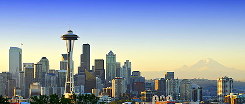 Early morning skyline, Seattle financial district with Space Needle, Mount Rainier at back, Columbia Center, formerly Bank of America Tower, Washington Mutual Tower, Two Union Square Tower, Municipal Tower, formerly Key Tower, U.S. Bank Center, Seattle, W