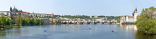 Panorama, Vitava River and Lesser Town, Mala Strana, with Prague Castle, Hradcany, Prague, Czech Republic, Europe