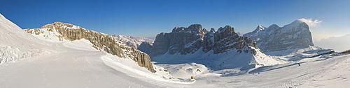 Hidden valley ski area, Armentarola 101, Lagazuoi,  Dolomites, UNESCO World Heritage Site, Dolomites, South Tyrol, Italy, Europe