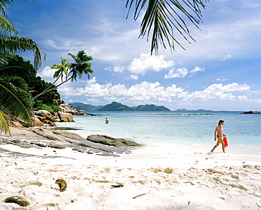 People at Anse Severe Beach, north western La Digue, La Digue and Inner Islands, Republic of Seychelles, Indian Ocean