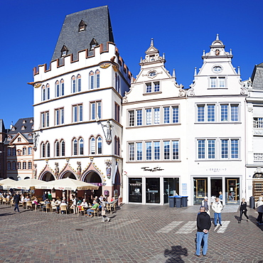 Hauptmarkt Square with Steipe building, Trier, Mosel Valley, Rhineland-Palatinate, Germany, Europe
