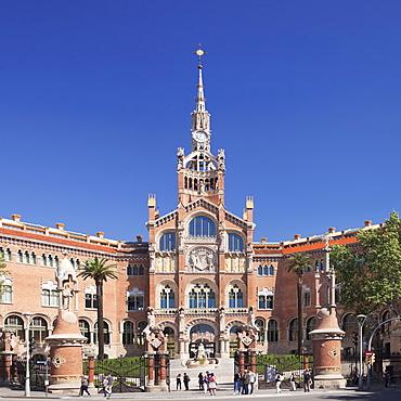 Hospital de la Santa Creu i Sant Pau (Hospital of the Holy Cross and St. Paul), Modernisme architect Lluis Domenech i Montaner, UNESCO World Heritage Site, Barcelona, Catalonia, Spain, Europe