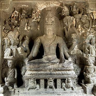 Hindu statue at the Ellora Caves, UNESCO World Heritage Site, Maharashtra, India, Asia