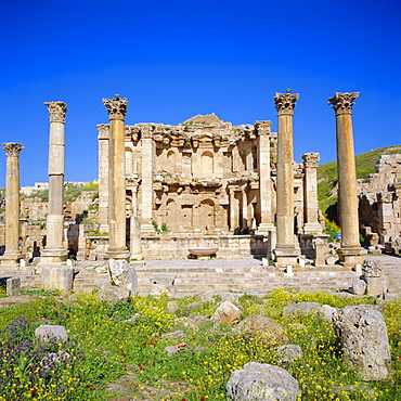 Nymphaeum (public fountain), 2nd century AD, of the Roman Decapolis city, Jerash, Jordan, Middle East