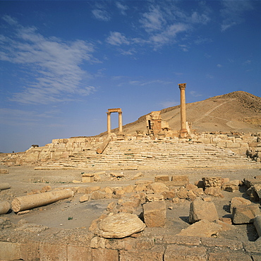 The Camp of Diocletian, dating from the Roman period, 2nd century AD, at the ancient Graeco-Roman city of Palmyra, UNESCO World Heritage Site, Syria, Middle East
