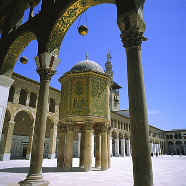 Treasury covered in mosaic, Great Mosque dating from Omayyad times, 705 AD, Damascus, Syria