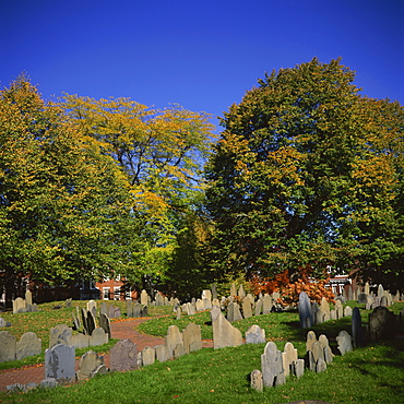 Copp's Hill Burying Ground, including graves from the 17th century of prominent Bostonians, Boston, Massachusetts, New England, United States of America, North America
