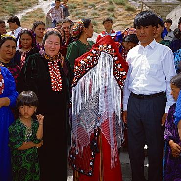 Bride and groom, Turkmen wedding party, Bakharden Cave, Turkmenia, Central Asia, Asia