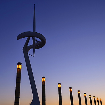 Spain, Catalunya, Barcelona, Montjuic, Torre Calatrava or Torre Telefonica at dusk, Communications Tower completed in 1992 for the Olympic Games.