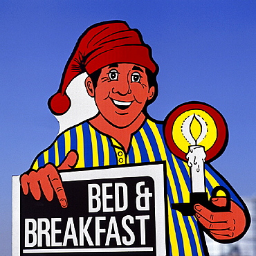 10641555, outside, Bed and Breakfast, England, Great Britain, Europe, graphic arts, Great Britain, hotel, candle, man, cap, ha. 10641555, outside, Bed and Breakfast, England, Great Britain, Europe, graphic arts, Great Britain, hotel, candle, man, cap, ha