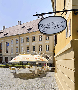 Cafe Wien in the historic town centre, Sibiu, Romania, Europe