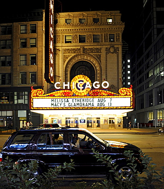 Chicago Theatre, Theatre District, Randolph Street, Chicago, Illinois, United States of America, USA