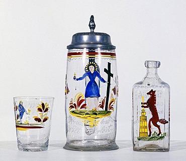 """Franconian Museum Feuchtwangen Middle Franconian Bavaria Germany beer mug made by glass inscripted """"Mit dem Kreuz hab ich die Welt erloest"""" cup and bottle of spirits"""