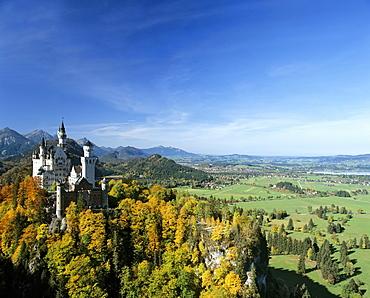 Neuschwanstein Castle in autumn, Panorama, Alp lake, Fuessen, Thannheimer Mountains, Allgaeu, Bavaria, Germany