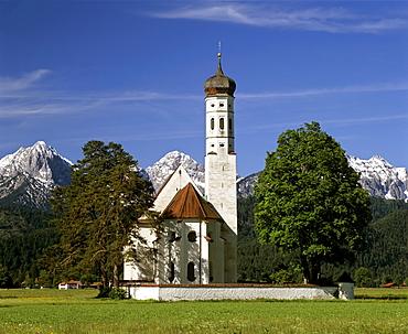 Church of pilgrimage, St Coloman near Fuessen, Thannheimer Mountains, Allgaeu, Bavaria, Germany