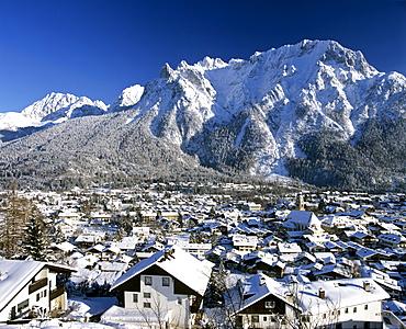 Mittenwald Forest and Karwendel Range, wintertime, Upper Bavaria, Bavaria, Germany, Europe