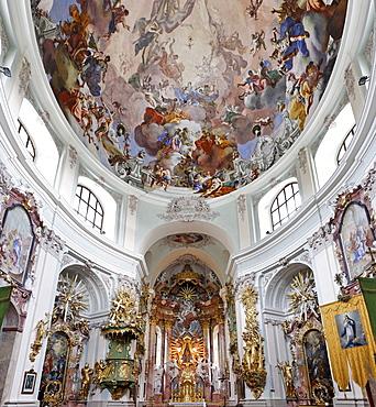 High altar and ceiling fresoces at the Baroque pilgrimage church in Hafnerberg, Triesingtal (Triesing Valley), Lower Austria, Austria, Europe