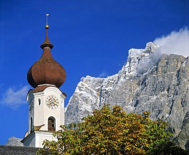 Parish church, Ehrwald, Zugspitze, Wettersteingebirge, Tyrol, Austria