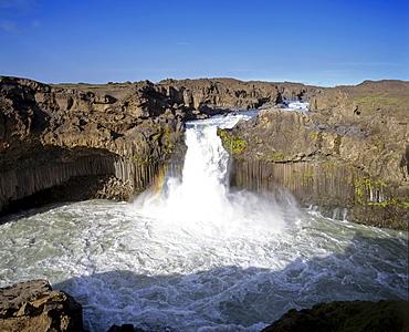 Aldeyjarfoss Waterfalls, Skjalfandafljot-Fluss, Sprengisandur highland road, Iceland