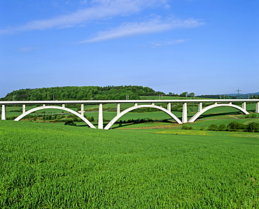 721 m or 2365 ft-long Waelsebachtalbruecke (Waelse Valley Bridge), part of the ICE Hanover-to-Wuerzburg high-speed railway line near Kirchheim, Hesse, Germany, Europe