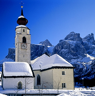 Village church of Kolfuschg, Corvara, Sella Group, Pustertal, Puster Valley, Val Pusteria, Bolzano-Bozen, Italy
