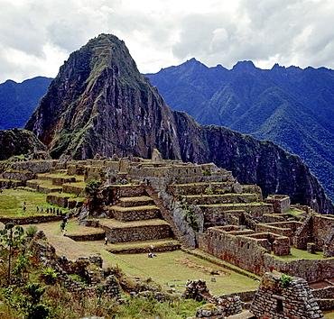 Machu Picchu, ancient Inca town, Incan ruins, UNESCO World Heritage Site, Peru, South America