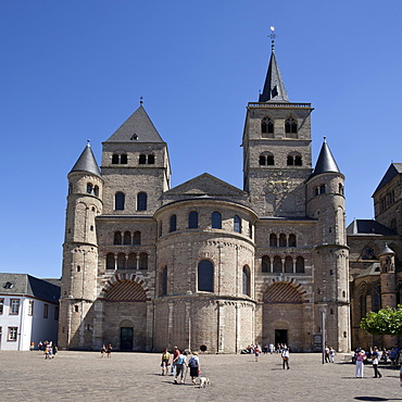 Cathedral of St. Peter, Trier, Rhineland-Palatinate, Germany, Europe, PublicGround