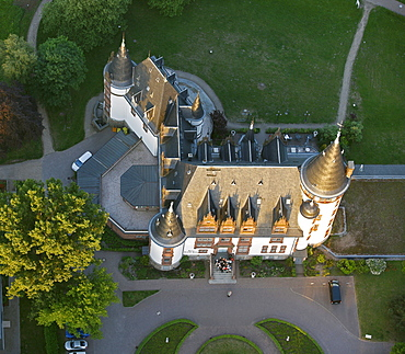 Aerial view, Schloss Klink castle and hotel, Mueritz county, Mecklenburg-Western Pomerania, Germany, Europe