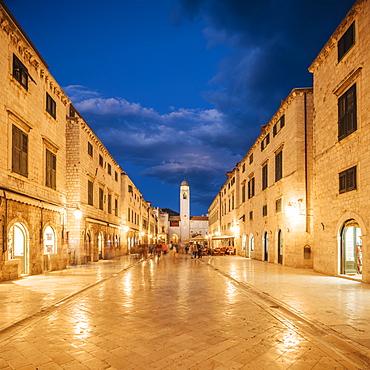 Stradun, Old Town, UNESCO World Heritage Site, Dubrovnik, Croatia, Europe